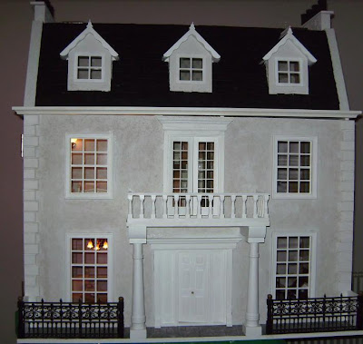 Manor Dollhouse