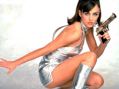 Hot Elizabeth Hurley Wallpaper