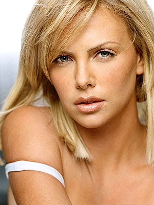 Sexy Pictures Of Charlize Theron