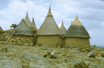 Unusual House Construction Of Afrikan Tribals