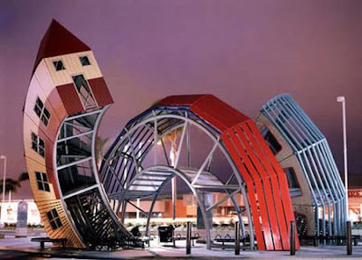 This increible bus stop was designed by Dennis Oppenheim in Ventura California