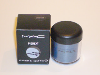 MAC Pigment Eye shadow Color - Front View
