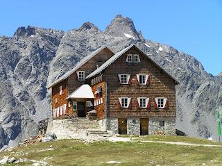 Neue Reichenberger Hütte, elle figure en bonne place sur la liste de nos refuges préférés