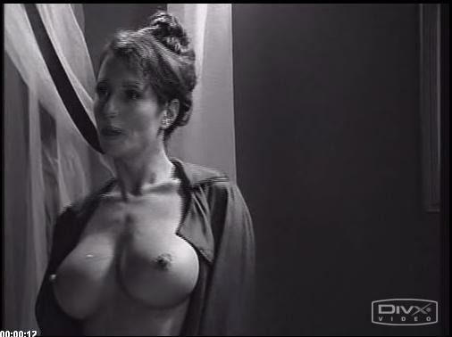 Nude photos easton sheena