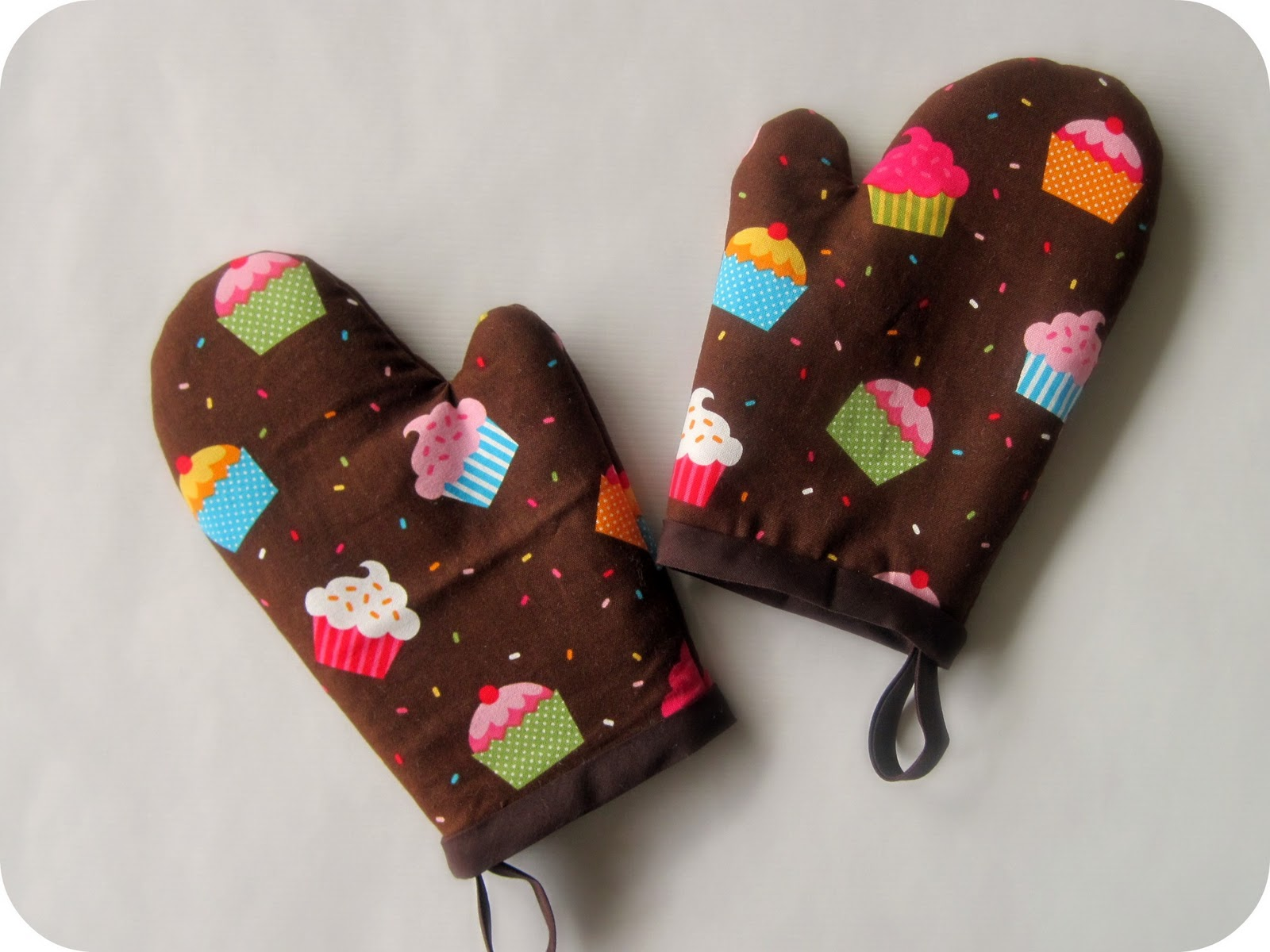 diy project: sew bettie oven mitt | Design*Sponge