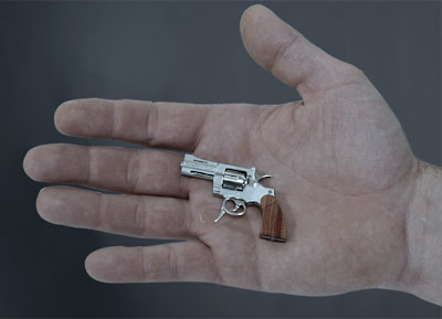 Miniature revolver