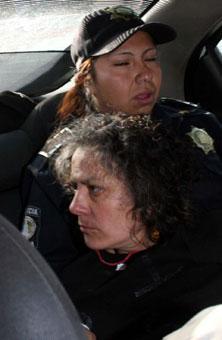 Evitan suicidio de una mujer en bulevard Atlixco
