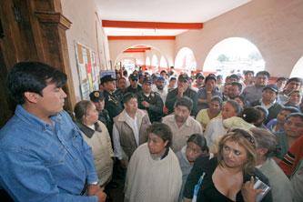 Zafarrancho en Huejotzingo por maltrato de policías a detenidos