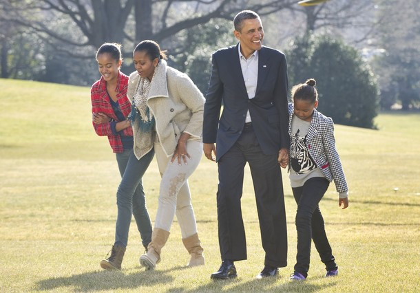 On january 4 2011 the obama family came back from their trip to hawaii