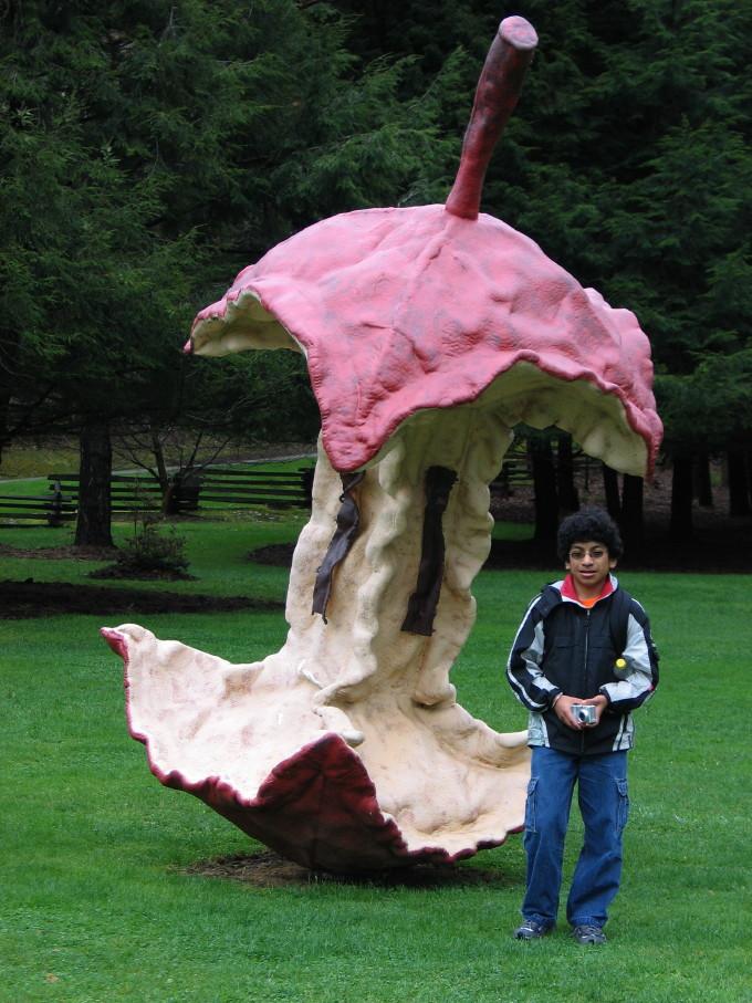 Sculpture Contemporary Claes Oldenburg