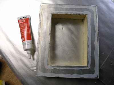 Johnson Pet Door L 2 http://doverprojects.blogspot.com/2009/01/how-to-build-pet-door.html