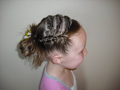 knot hairstyle
