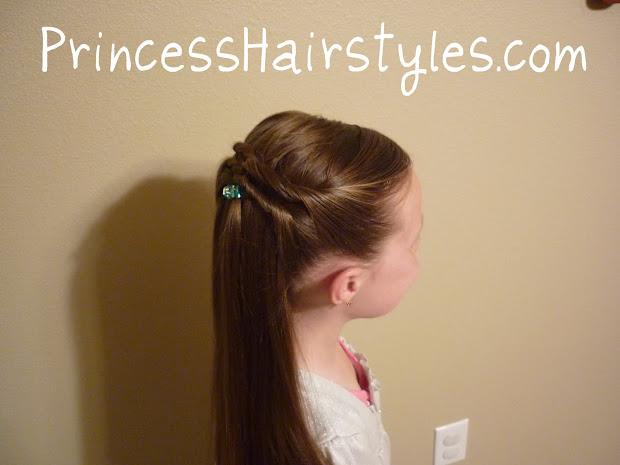 quick and easy twisty hairdo