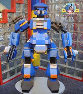 One of my preferred Duplo Thomas legoland exhibitions is the blue giant Lego transformer robot model