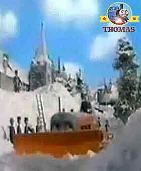 Winter adventure mountain rescue Thomas and friends Terence the tractor engine pushed the snow ice