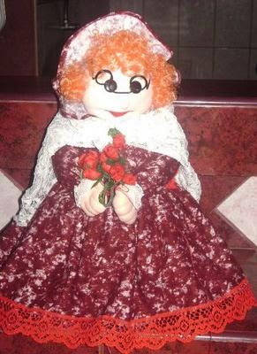 Muñeca y Cofre multiusos: Abuelita Elvira