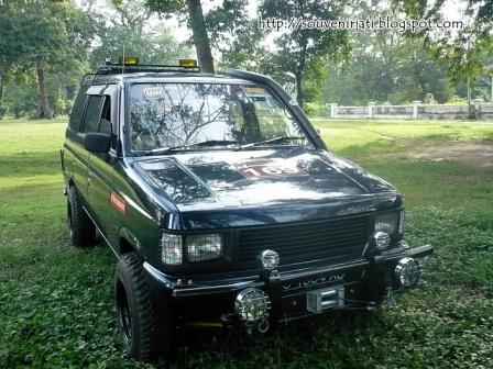 ISUZU PANTHER MODIFIKASI 2