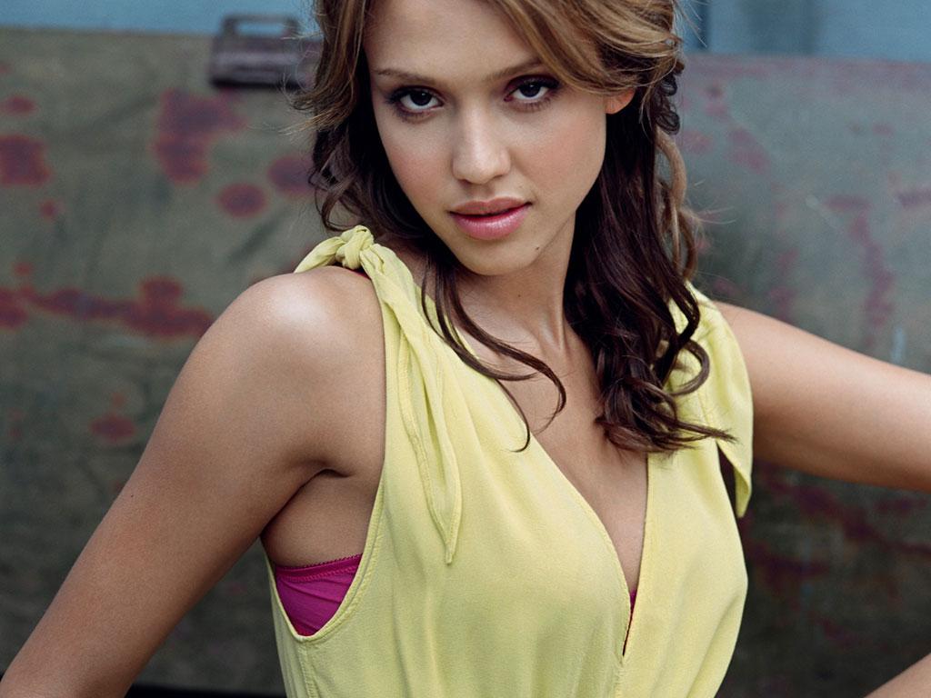 http://1.bp.blogspot.com/_p2EstT5Z5BU/THTU3DPyvGI/AAAAAAAAASg/YbLNVP4Rduc/s1600/Jessica+Alba+Wallpapers+jessicaalbasexy.jpg