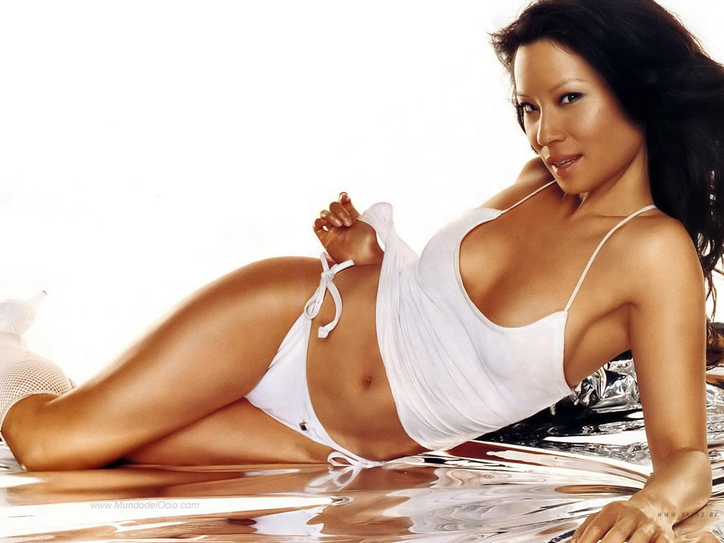 Lucy liu sexy photos