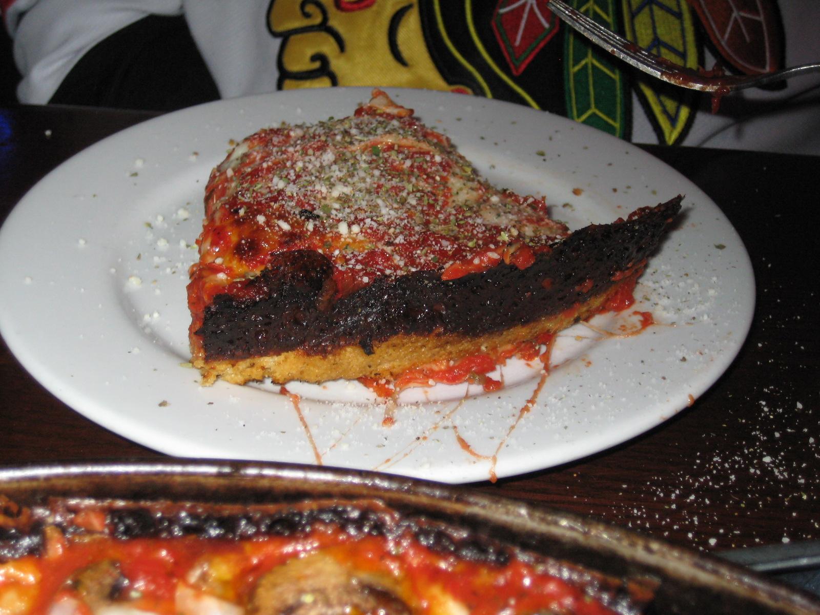 Jeff Eats Chicago: Pequod\'s Pizza