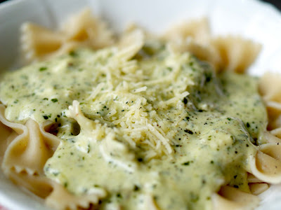 ... to the Good Life: Bowtie Pasta with Three Cheese Pesto Cream Sauce