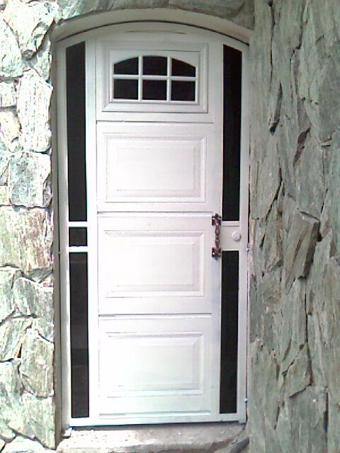 Construteksa puertas para interior y exterior for Puertas italianas interior