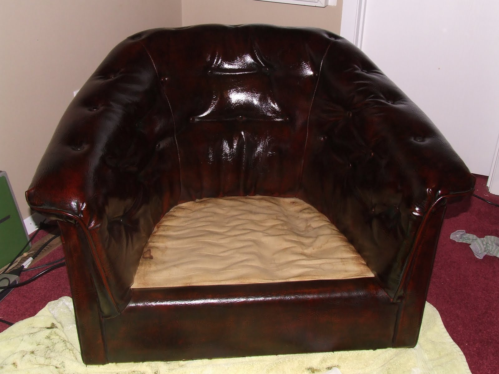 Someday Crafts Guest Blogger Keeping It Simple How To Dye Leather Furniture
