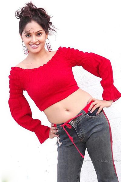 [madhumitha-madhu-mitha-sexy-wallpapers-gallery-actress-pics-tamil-telugu-heroine+(14).jpg]