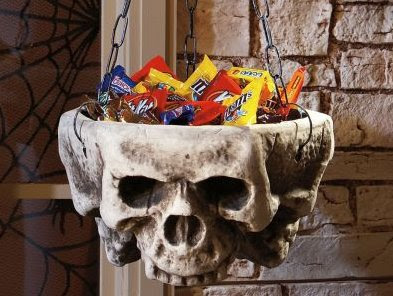 Hanging Skull Cauldron