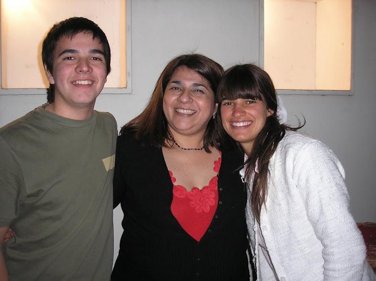 Claudia Raimondo y colaboradores: sus hijos