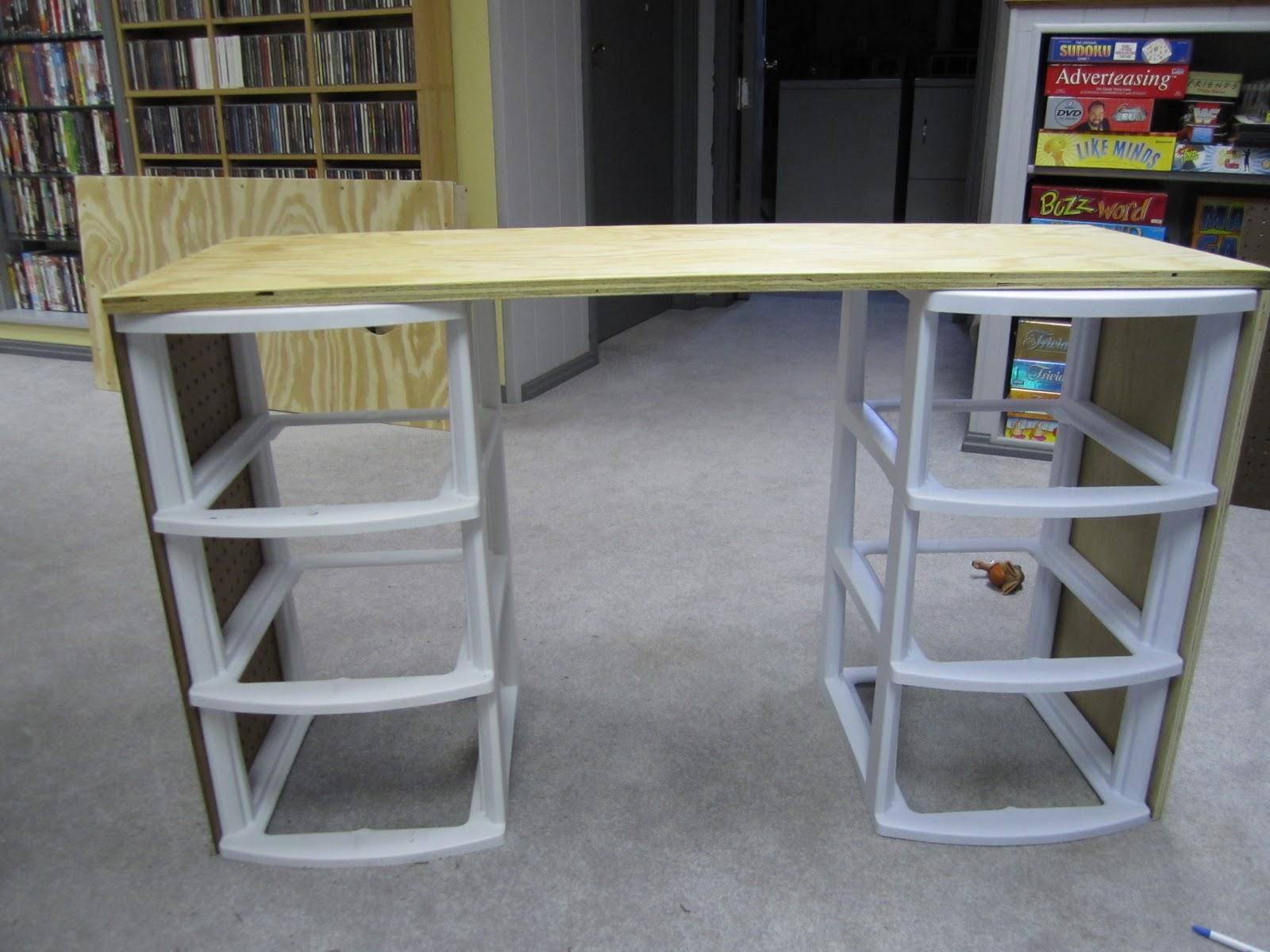 DIY Girlu0027s Vanity