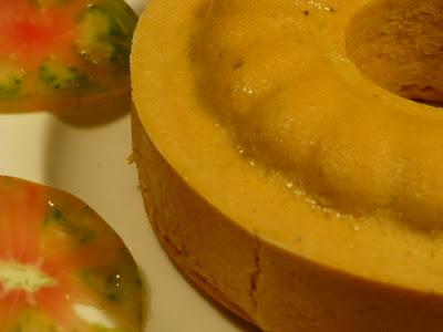 detalle de la textura del pastel, la pasta tiene que quedar finísima, ante la duda es mejor pasarla por un chino antes de meterla al horno