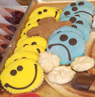 happy face cookies