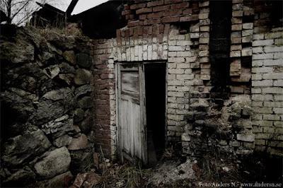 välkommen, welcome, old house, gammalt hus, ruckel, ruin, spökhus, foto anders n