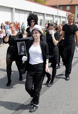 2010, nordenbergsskolan, karneval, olofström, michael jackson, begravning, funeral