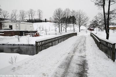 Olofström, Blekinge, snö, vinter, snow, winter, simhallen, idrottshallen, gångbro, ån, holjeån, holje å, lidl, foto anders n