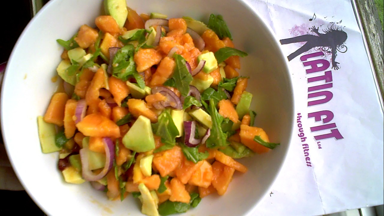 LATIN FITness Camp: Luscious Papaya & Avocado Salad.