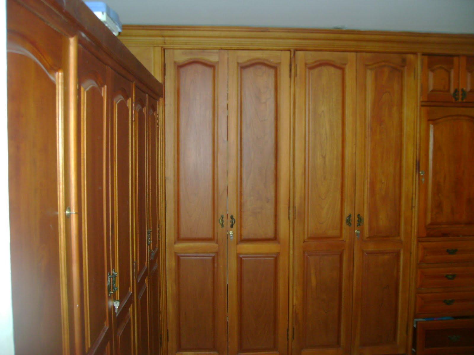 Maestre 39 s closet 39 s for Disenos de puertas de madera para closets