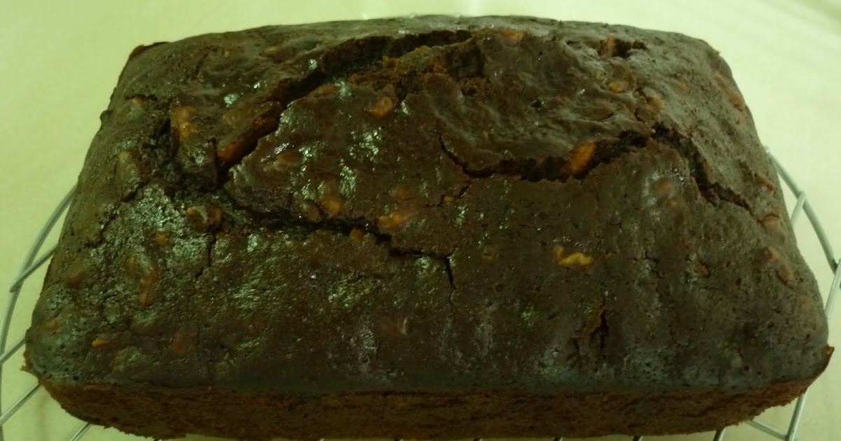 Eggless Plain Walnut Cake Recipe