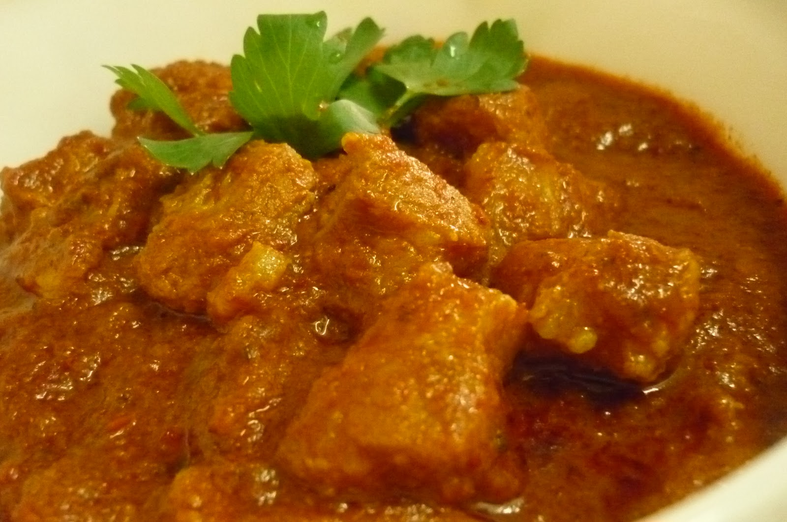 kitchen flavours: Chile-Smothered Pork with Vinegar (Pork Vindaloo)