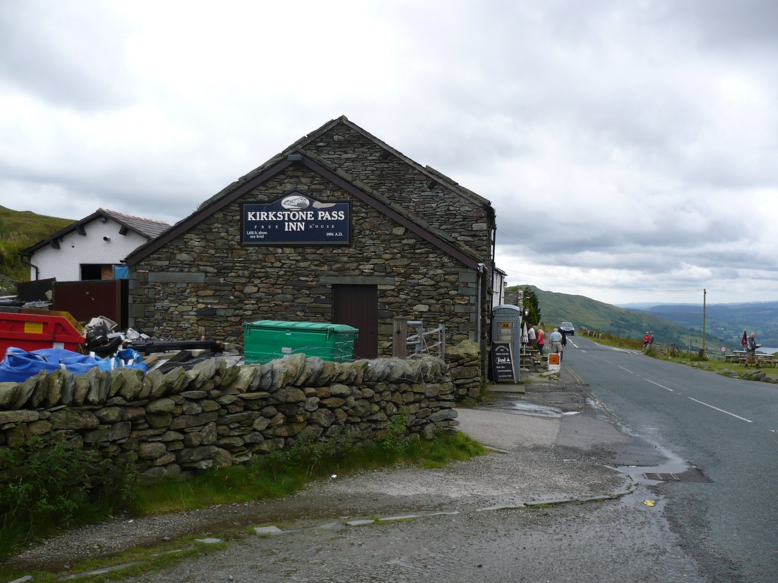 Hartsop hall cottages 171 walking holiday cottages walking - The Kirkstone Pass Was Reached At 12 15 And I Resisted The Temptation To Call In For A Pint Preferring To Eat My Lunch Over The Road Before I Started The
