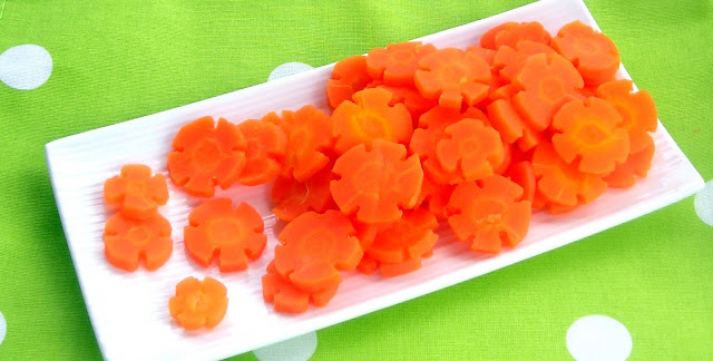 Steamed carrot flowers - pressure cooker steaming lesson