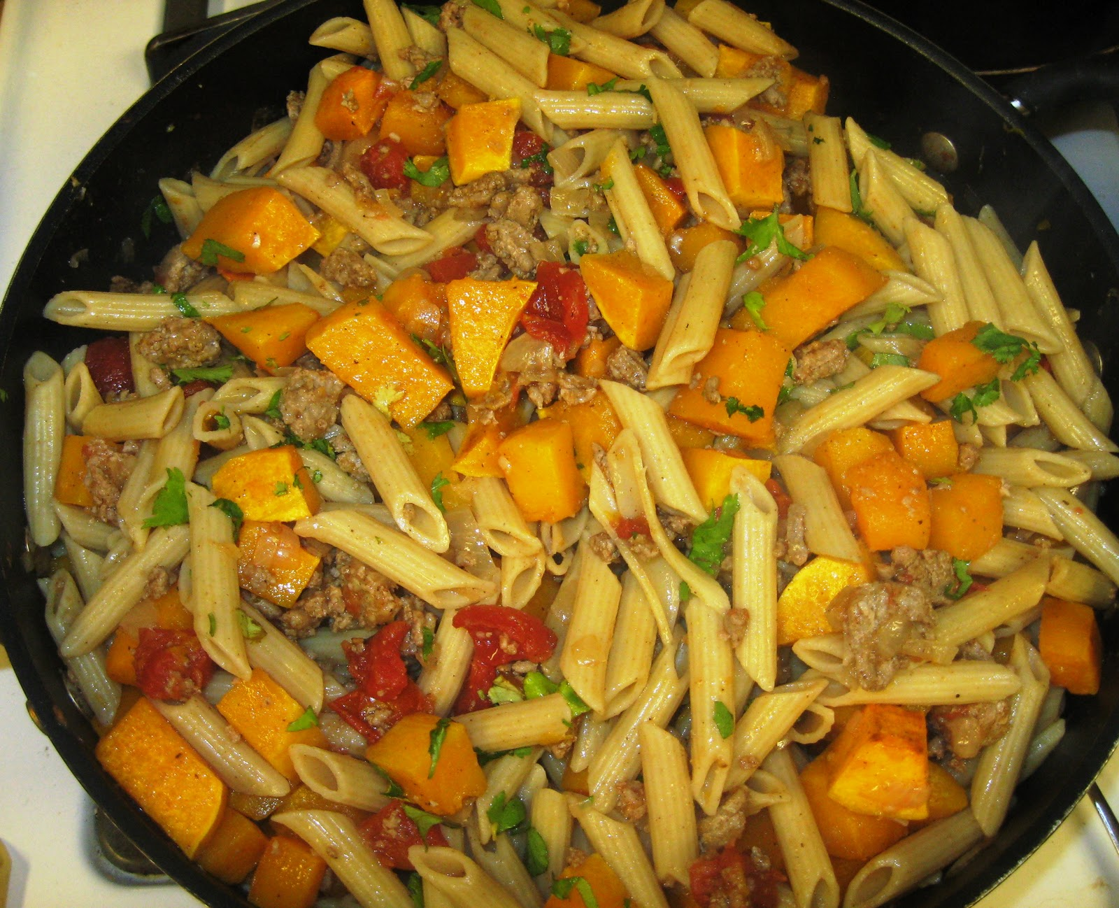 ... Does Dinner... Healthy & Low Calorie: Butternut Squash Penne Pasta