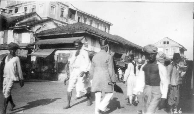 [Native+town,+Bombay+[Street+with+Indians+in+foreground].jpg]