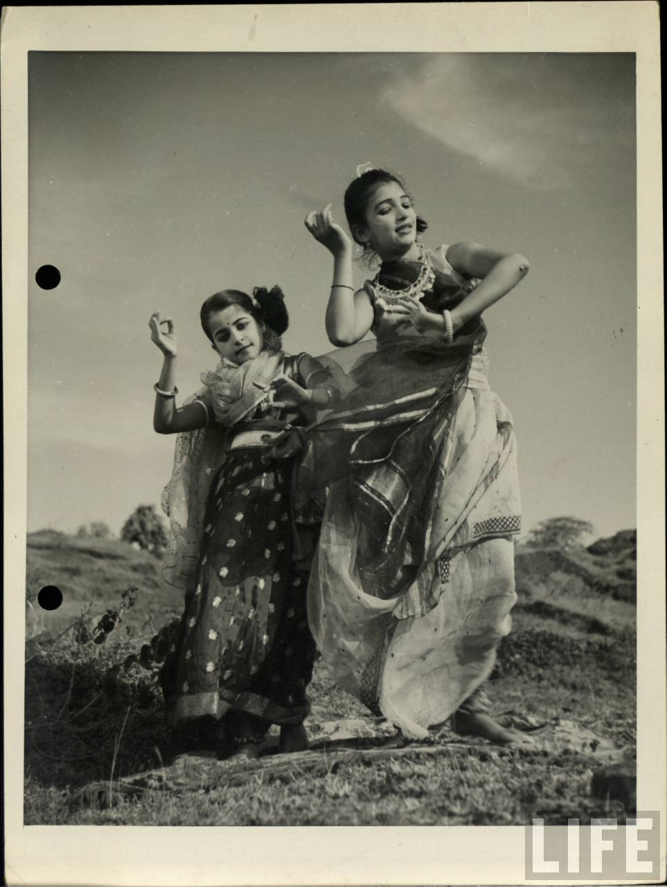 Various Vintage Dance Photos Of India Collected From Life Archive Hosted By Google Exact Date Place And Photographer Is Unknown
