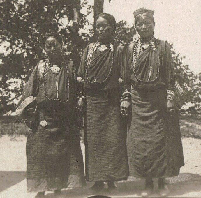Sikkim Bhutia Women c.1903