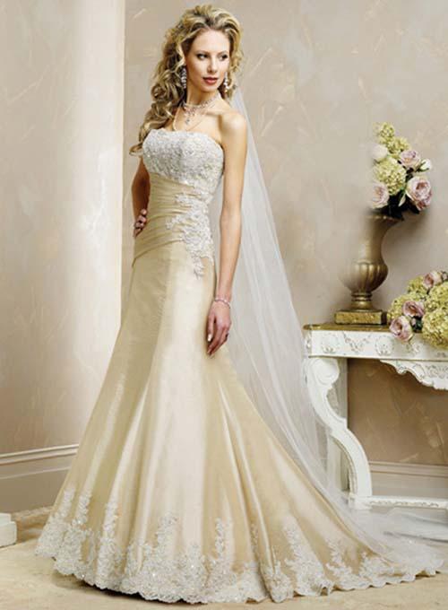 Gorgeous wedding dress lace wedding dress for Very pretty wedding dresses