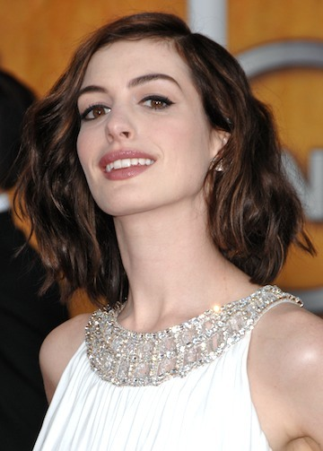 Is 2011 all about wavy bob? (Medium length hair)