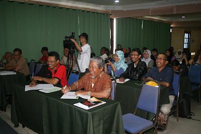 Keceriaan para peserta dalam kalangan ahli PPJ dan KEMUDI.