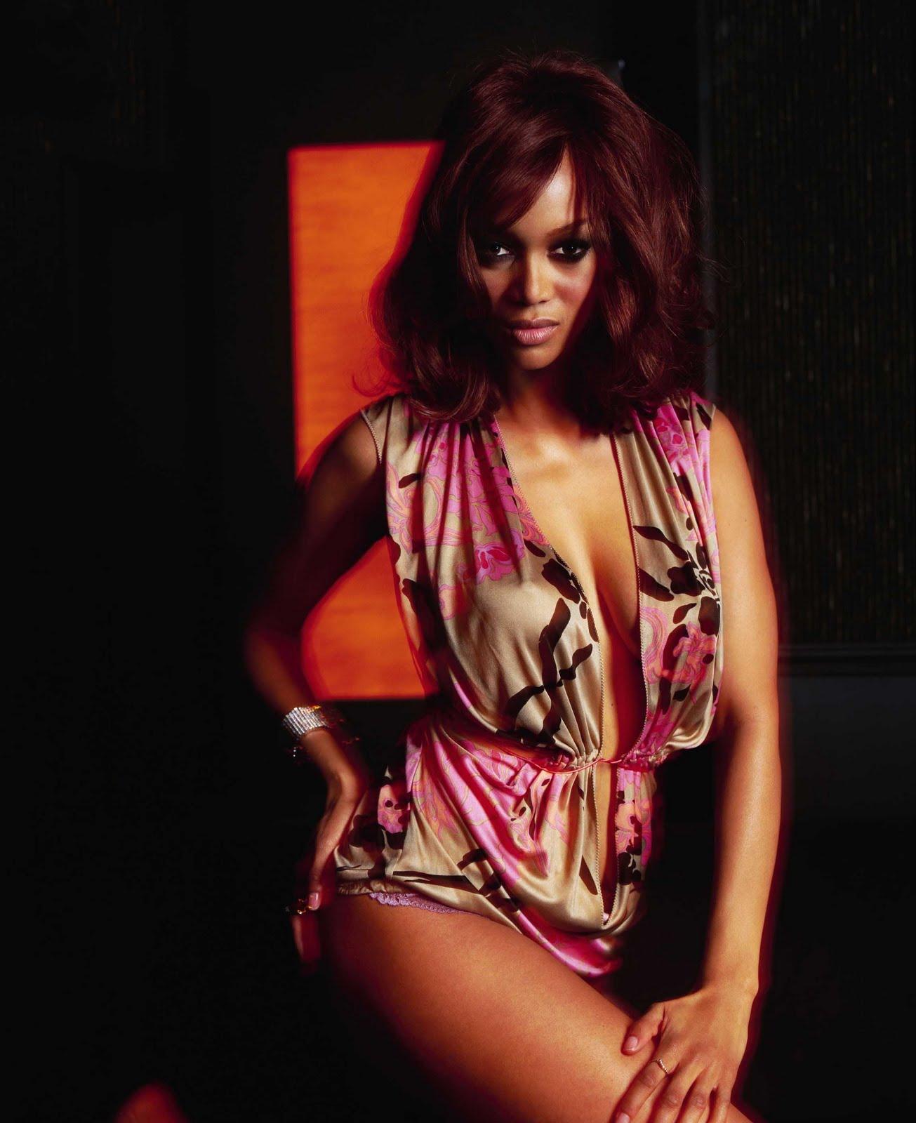 http://1.bp.blogspot.com/_pGTlBw_z2AM/TJYIk1sl5II/AAAAAAAAAFc/r8plesTNG6Y/s1600/Tyra_Banks_9.jpg